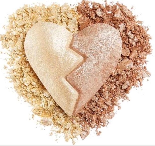 Makeup Revolution Heart Breakers highlighter Spirited Rozświetlacz do twarzy 10g