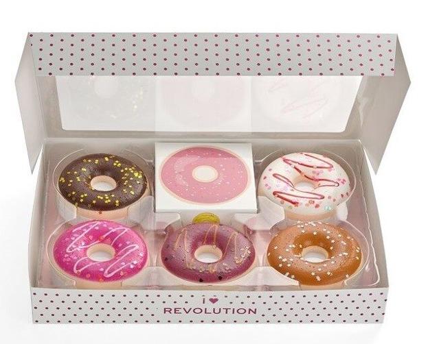 Makeup Revolution XMAS19 Donut Tray Zestaw Wyjątkowy prezent